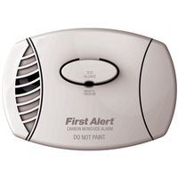 First Alert CO605 Plug-In Carbon Monoxide Detector