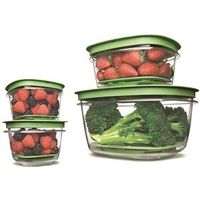 Rubbermaid Produce Saver Square Food Container Set